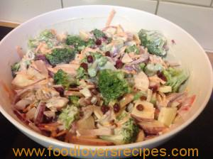 Broccoli En Appel Slaai Food Lovers Recipes