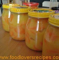 wortel en uie in mosterd sous reg