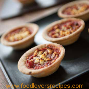 mini--tomato-cheese-open-pie