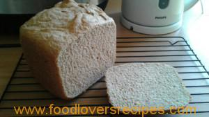 melissawhlewheatbreadmachine bread