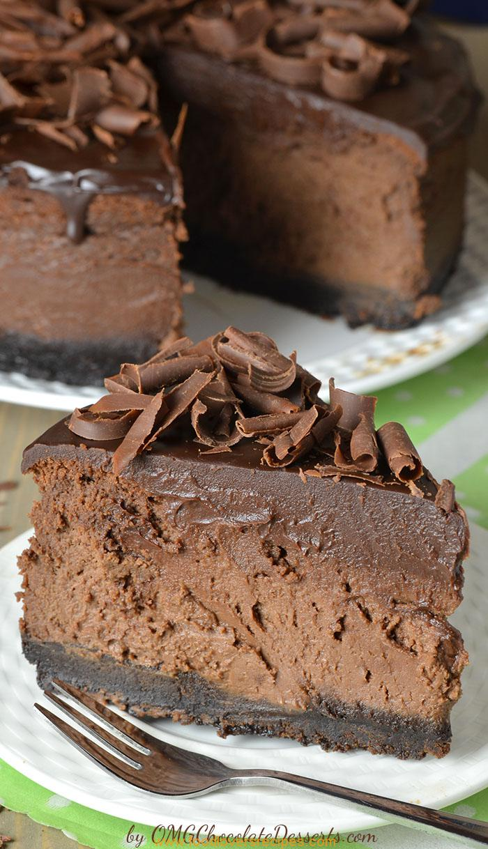 TRIPLE CHOCOLATE CHEESECAKE WITH OREO CRUST - Food Lovers ...